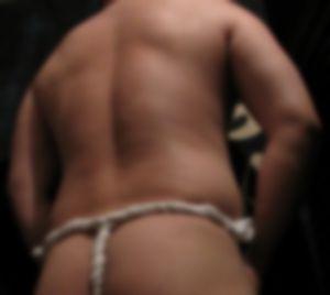 【ゲイ体験談】愛する弟の門出の祝いに六尺姿で現れた兄の結末・・・・・・