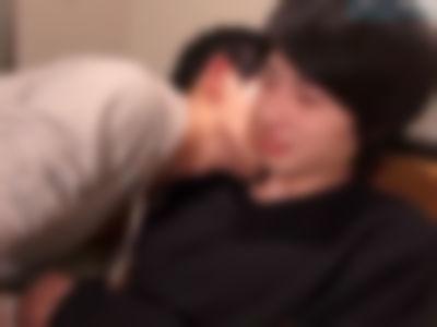 【ゲイ】小2の頃、お兄ちゃんにDキスされて逃げてきた話