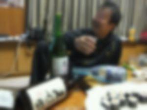 【ゲイ】グラスが溜まるまで泥酔おやじを抜き続けた結果wwwwwww
