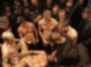 【ゲイ体験談】ガチムチ達に囲まれ生チンポで中出しセックス