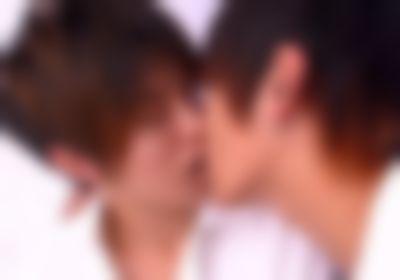 【ゲイ】学校で顧問の先生にキスされてしまった甘酸っぱい話